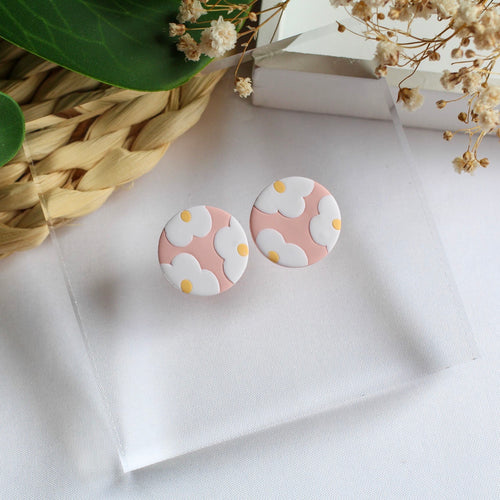 Statement Stud (Daisy - Pink)