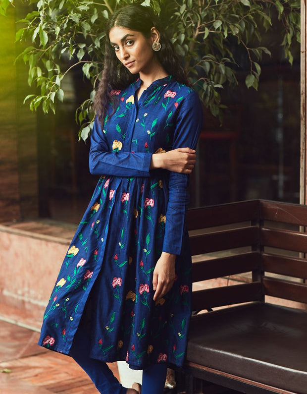 Massakali Embroidered Kurti
