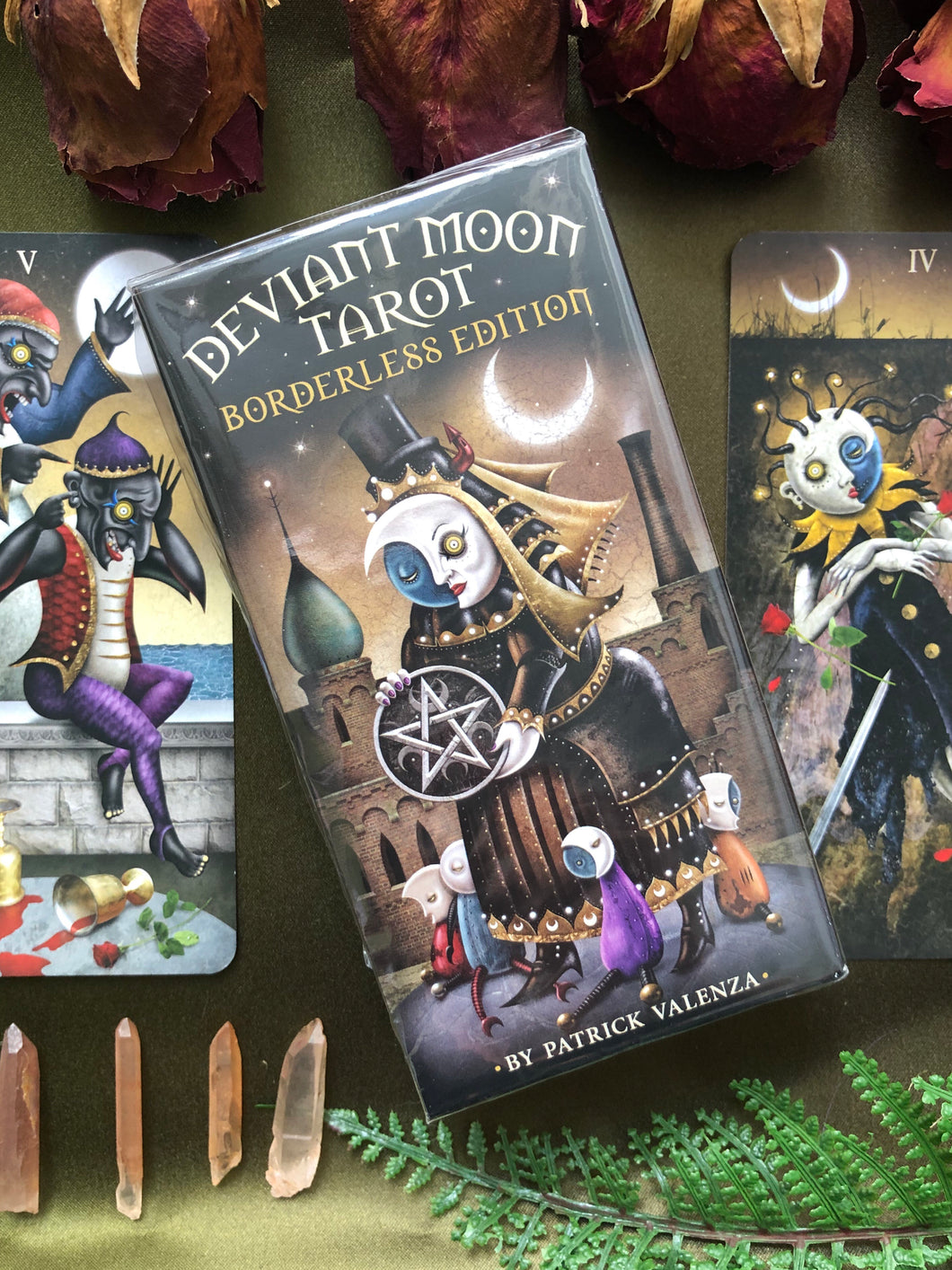 Deviant Moon Tarot - Borderless Edition