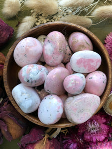 Rhodochrosite with Rhodonite for Love
