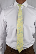 Load image into Gallery viewer, Gold flowers tie