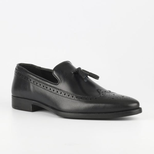 Sanjo 5 Black leather Slip On - TheModernMan