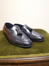 Load image into Gallery viewer, Navy Leather Loafer - TheModernMan