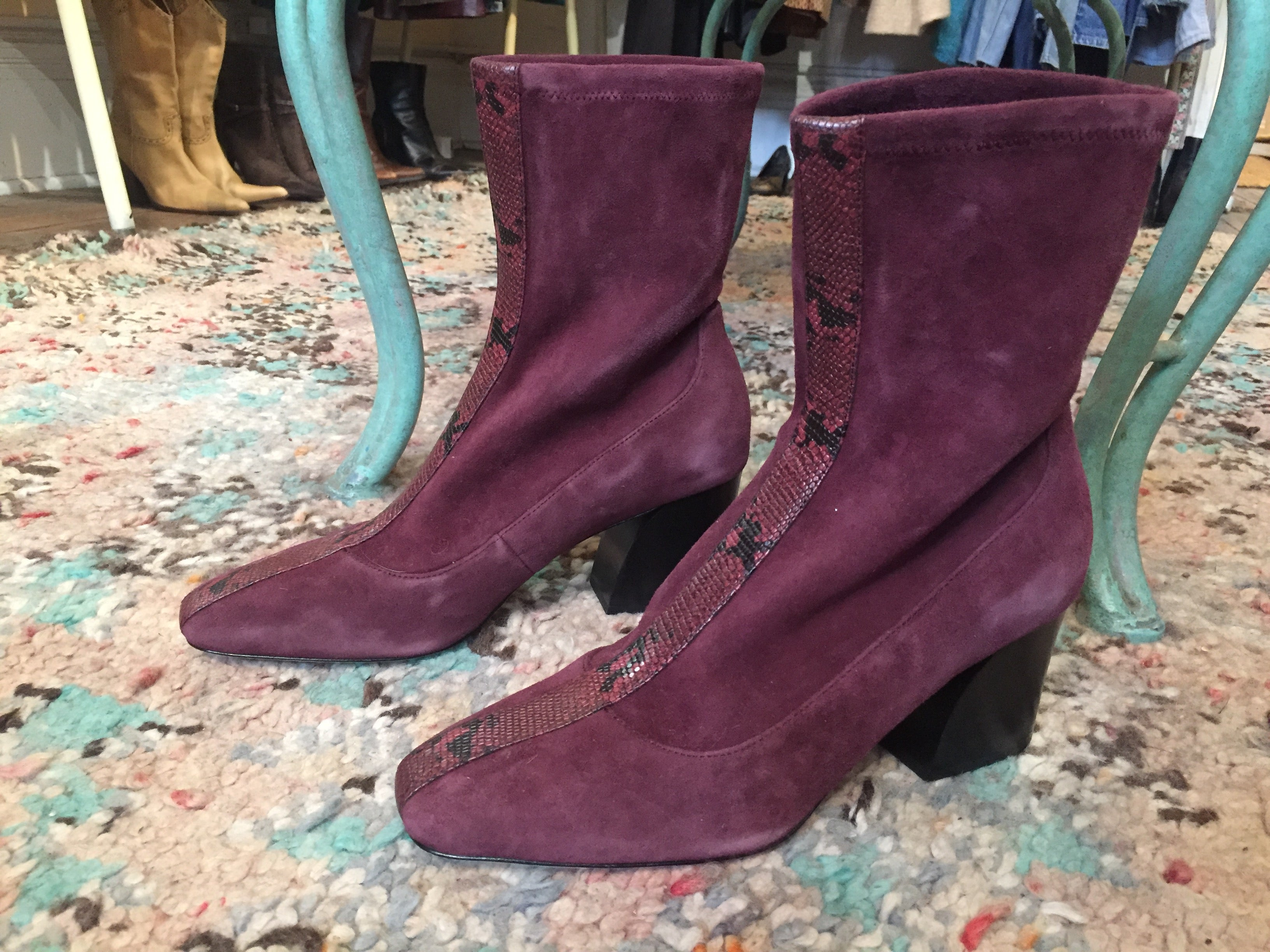 Donald Pliner Snake Piton Animal Suede Leather Purple High Heel Soft Square Front Ankle Boots 10 M