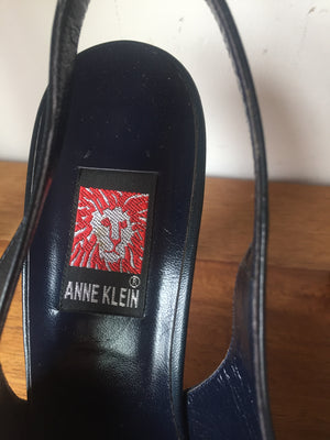 Anne Klein Vintage Dark Blue Soft Leather Slip On Sandals 8 Made in Italy