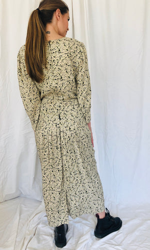 Vintage I.N. San Francisco Floral White Black Soft Comfortable Long Sleeve Dress 9 M L