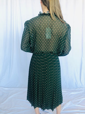 Albert Nipon Vintage Set Blouse Shirt Skirt Green Ruffle Romantic Ruffle Mint New w/ tag 8