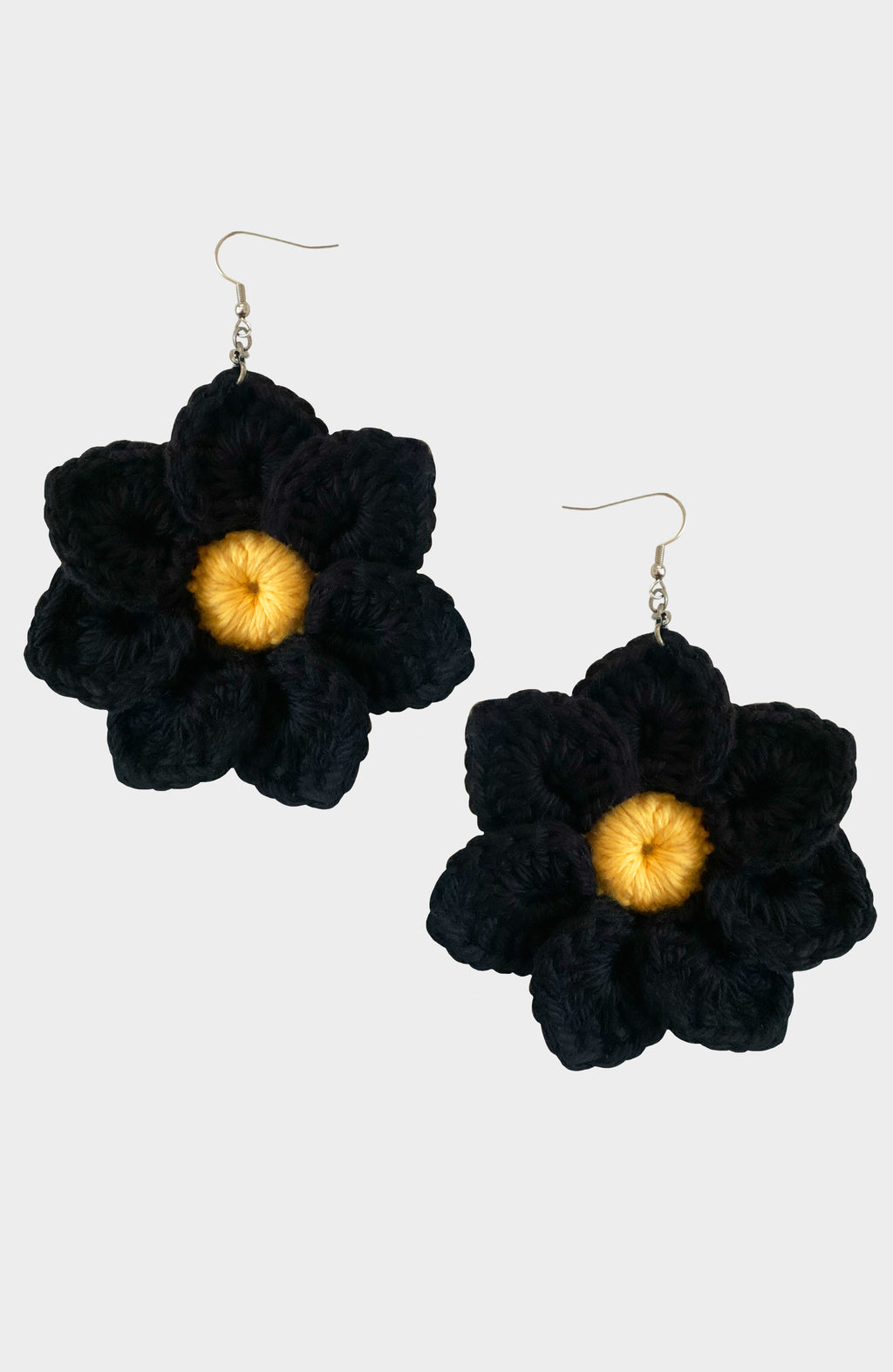 Midnight Bloom Daisy Earring