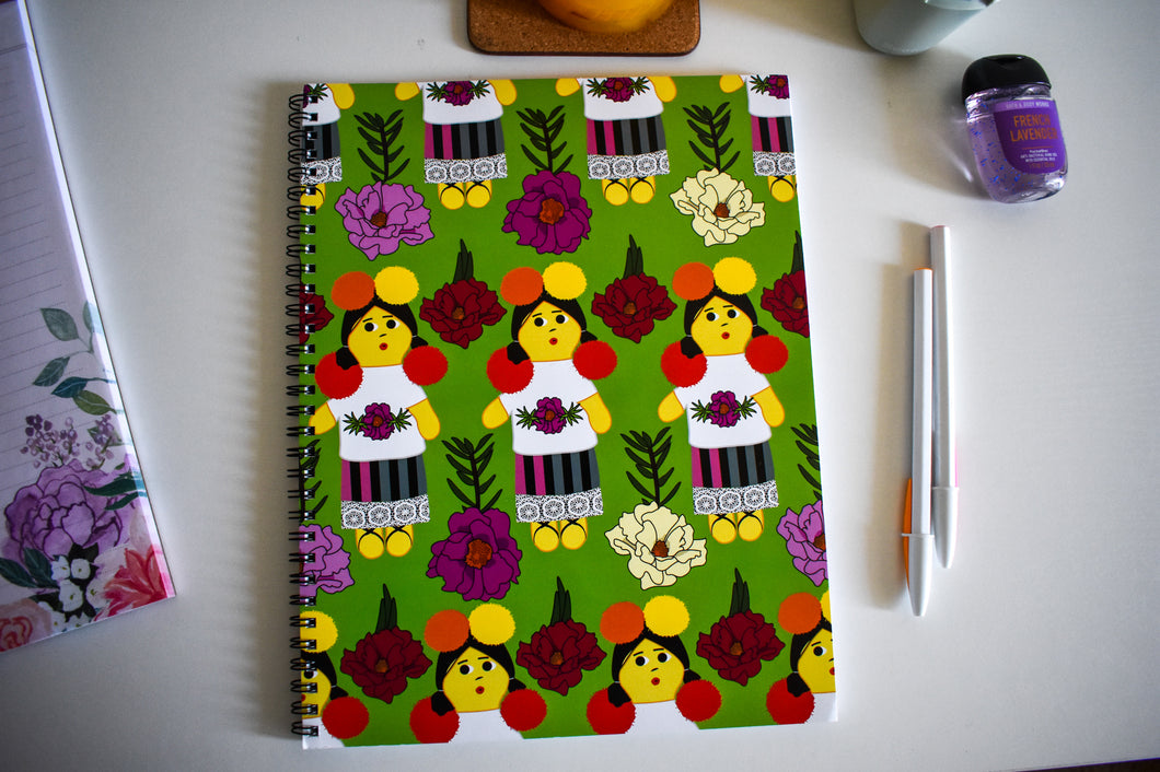 Muñeca Spiral Notebook 8x11