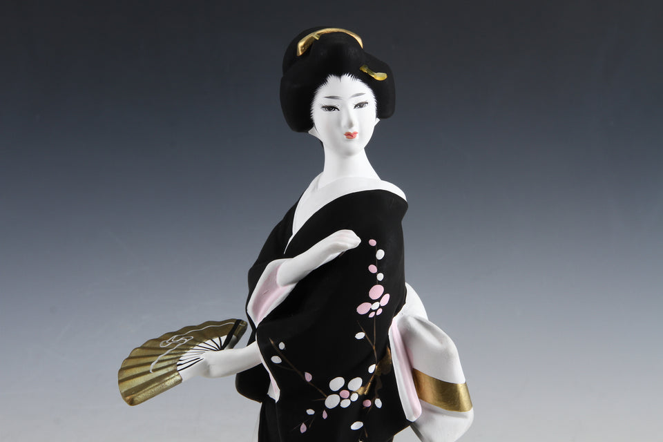 Beauty Geisha Doll