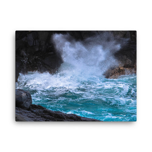 Hawaii Waves Ocean Spray - Canvas Print