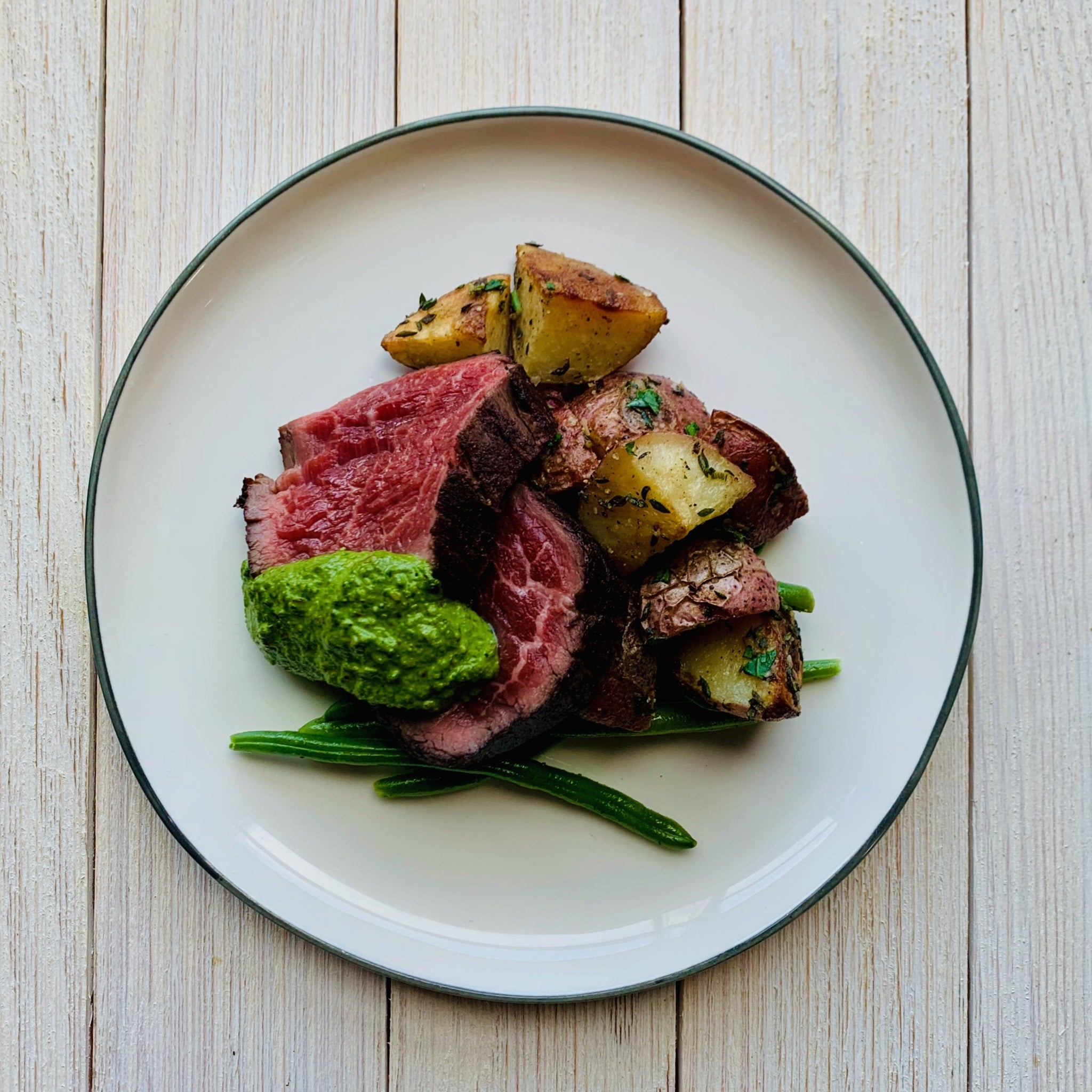 Seared Filet with Walnut Pesto, Roasted New Potatoes & French Green Beans (GF)