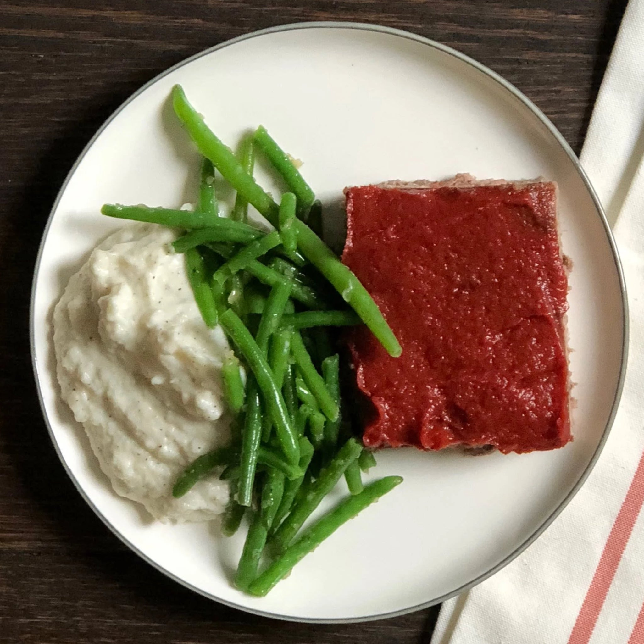 Traditional Meatloaf with Mashed Cauliflower and Roasted Green Beans