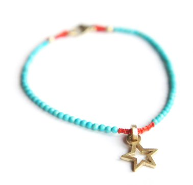 2D Gold Star Pendant on Turqouise bracelet