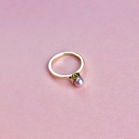 14 krt ring with pink/grey pearl