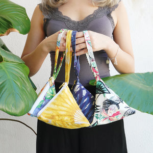 Nazanin Triangle Pouch (S) - Birds