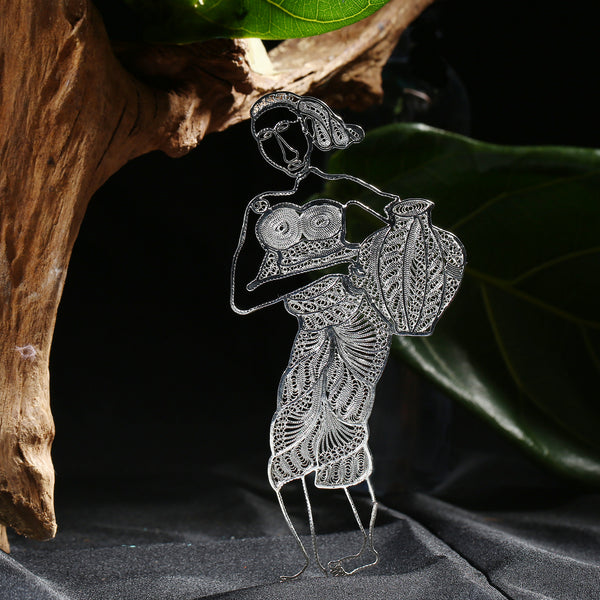 Selaka Kotagede Filigree Figurines - Bathing Lady