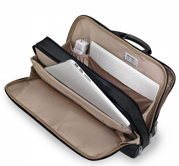 Briggs & Riley @Work Medium Brief Laptop Compartment