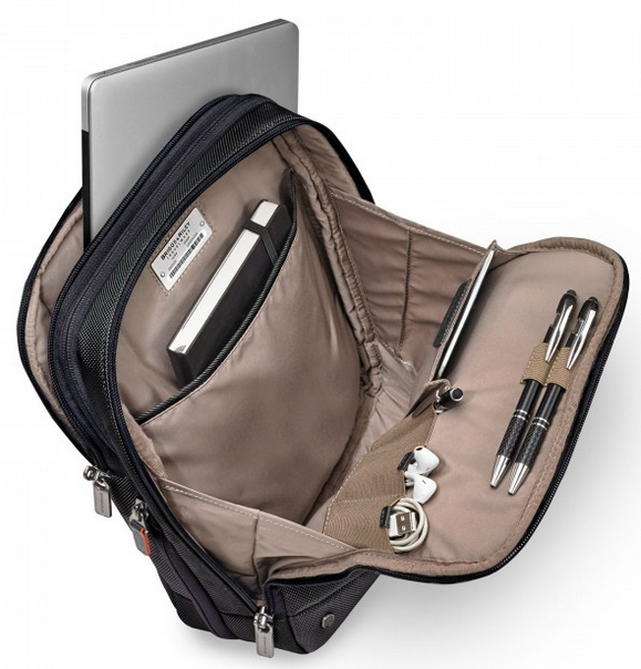 Briggs & Riley @Work Small Expandable Cross Body Interior
