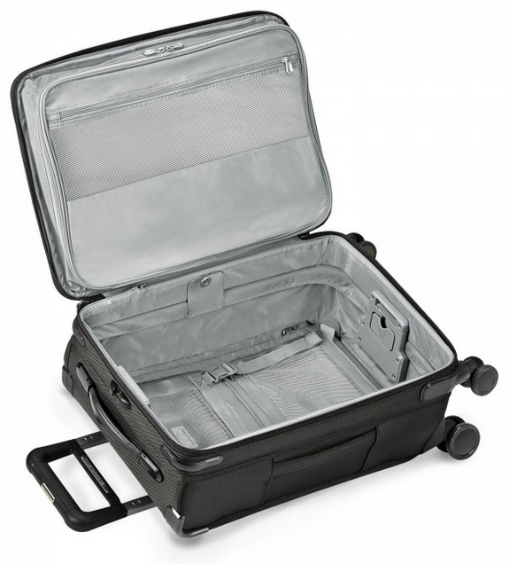 "Briggs and Riley Baseline Domestic 22"" Carry-On Spinner Interior"