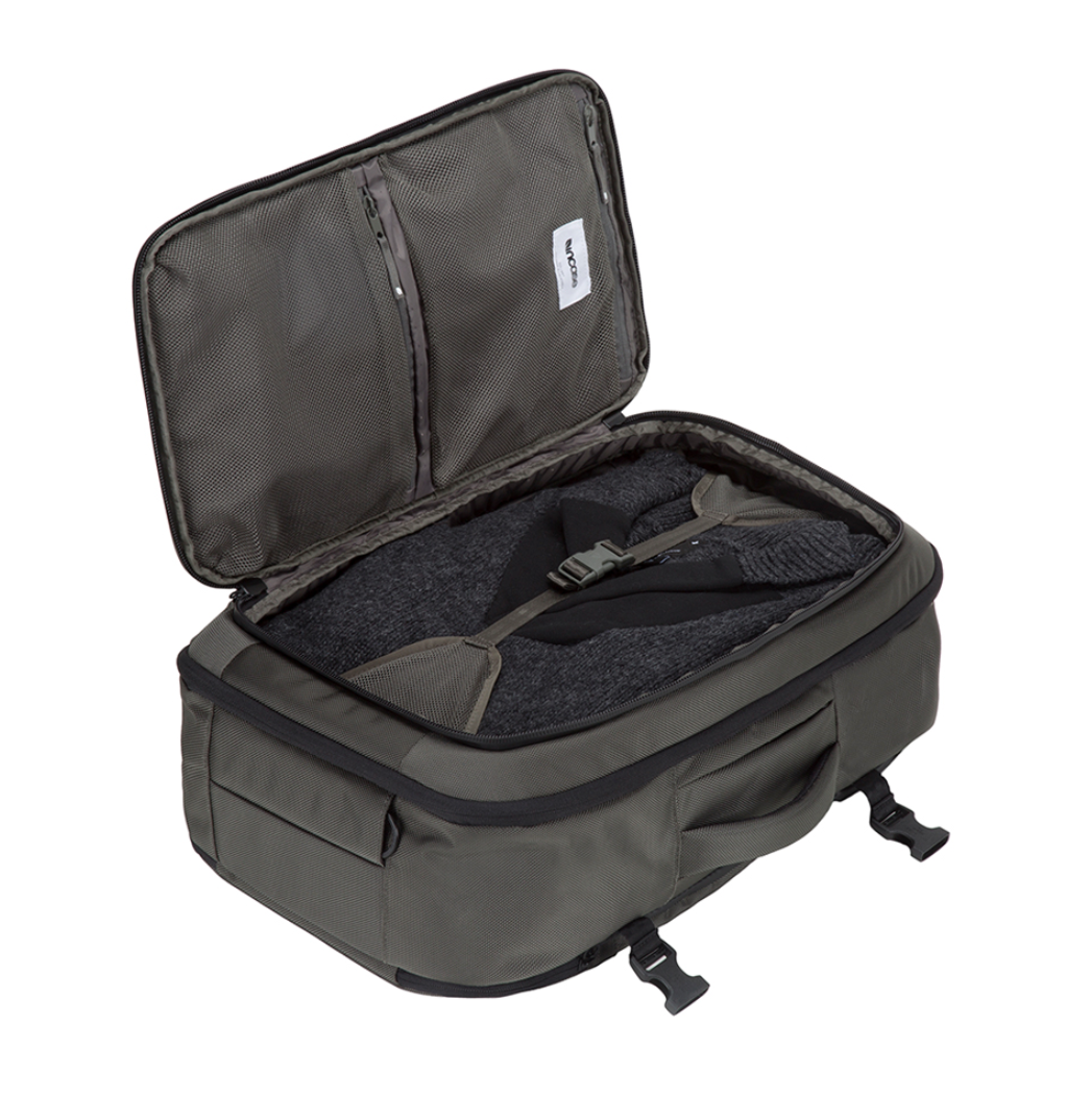 Incase Tracto Duffle 31 L in Anthracite