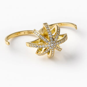Reclining Star, ring