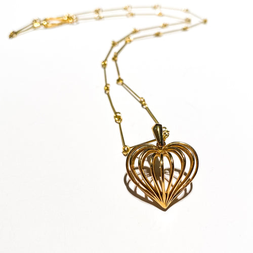 See through my heart, pendant