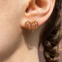 Charger l'image dans la galerie, See through my heart, ear studs