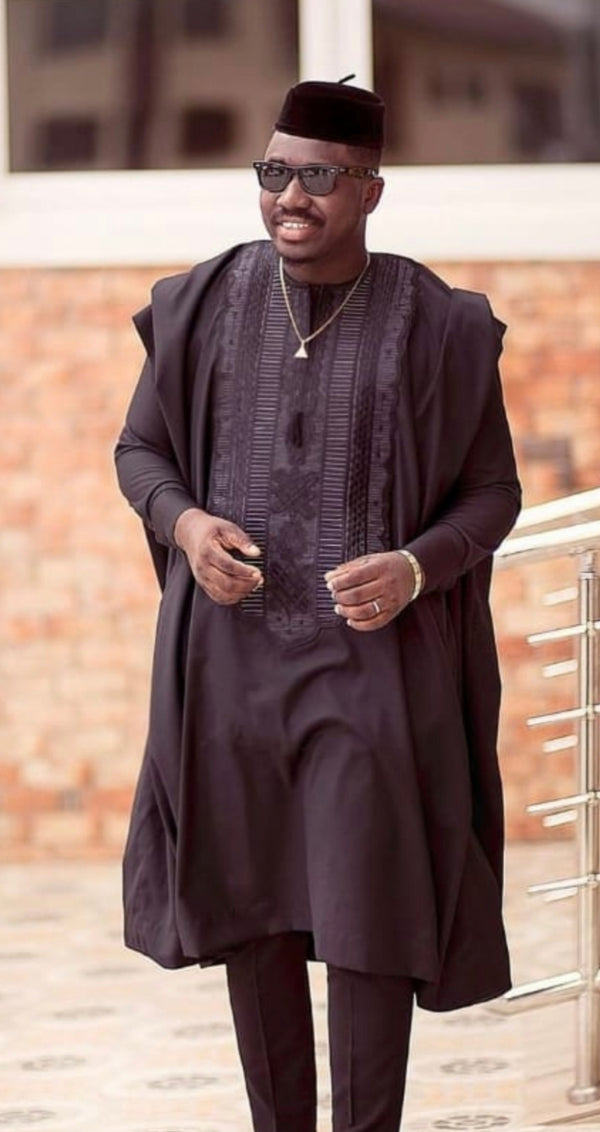 AFRICAN MEN AGBADA EMBROIDERY DANSKI MEN TRADITIONAL OUTFIT + CAP