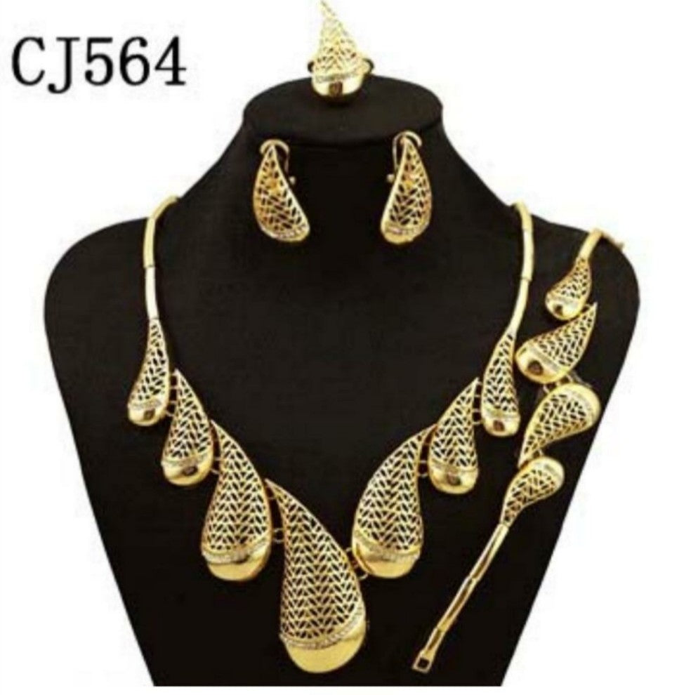 Beautiful lovely gold plated fashion jewelry set
