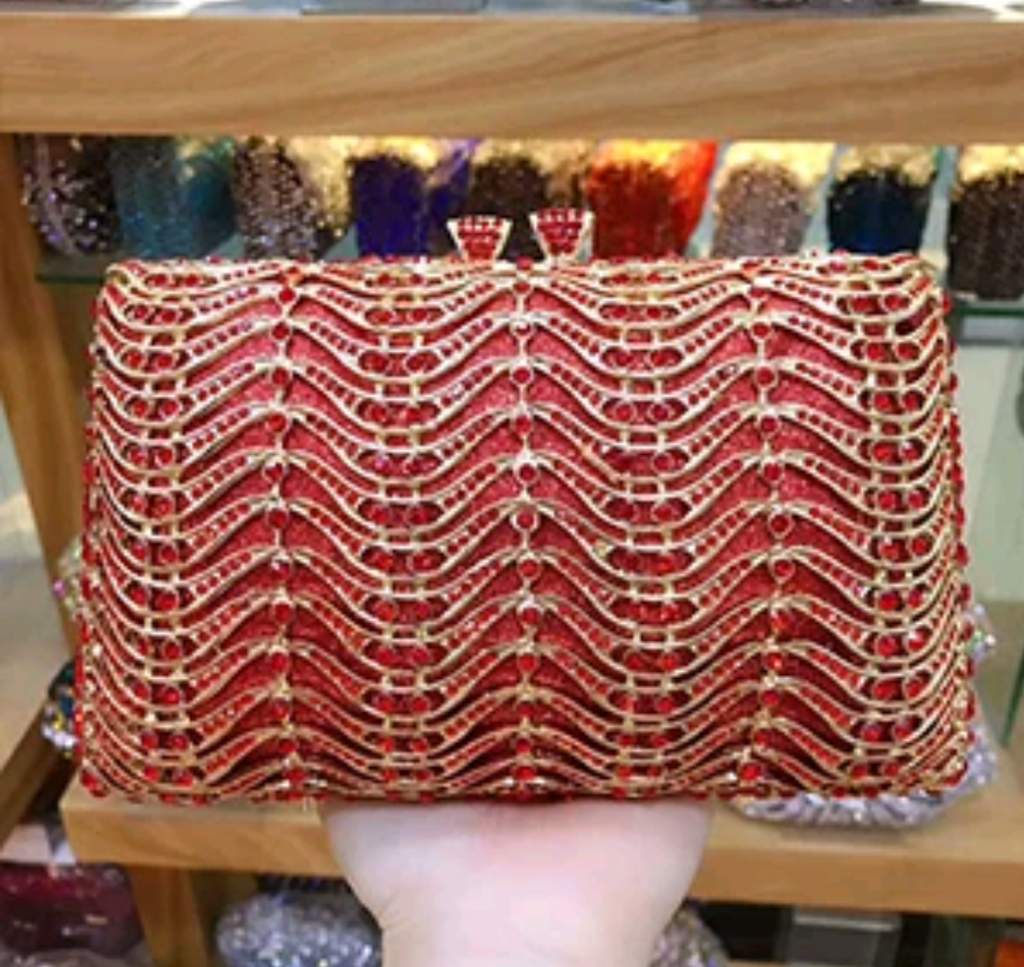 EXQUISITE CLASSIC DAZZING CRYSTAL RED PARTY PURSE