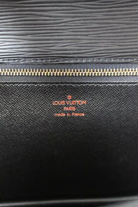 Louis Vuitton Sellier Black Epi Dragonne Clutch