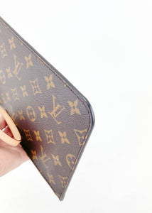 Louis Vuitton Monogram Neverfull Pochette w/ Red