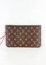 Load image into Gallery viewer, Louis Vuitton Monogram Neverfull Pochette w/ Beige