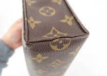 Load image into Gallery viewer, Louis Vuitton Monogram Toiletry 26