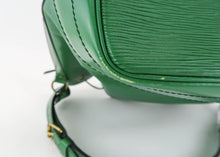 Load image into Gallery viewer, Louis Vuitton Epi Leather Borneo Noe Green