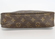 Load image into Gallery viewer, Louis Vuitton Monogram Toiletry 23