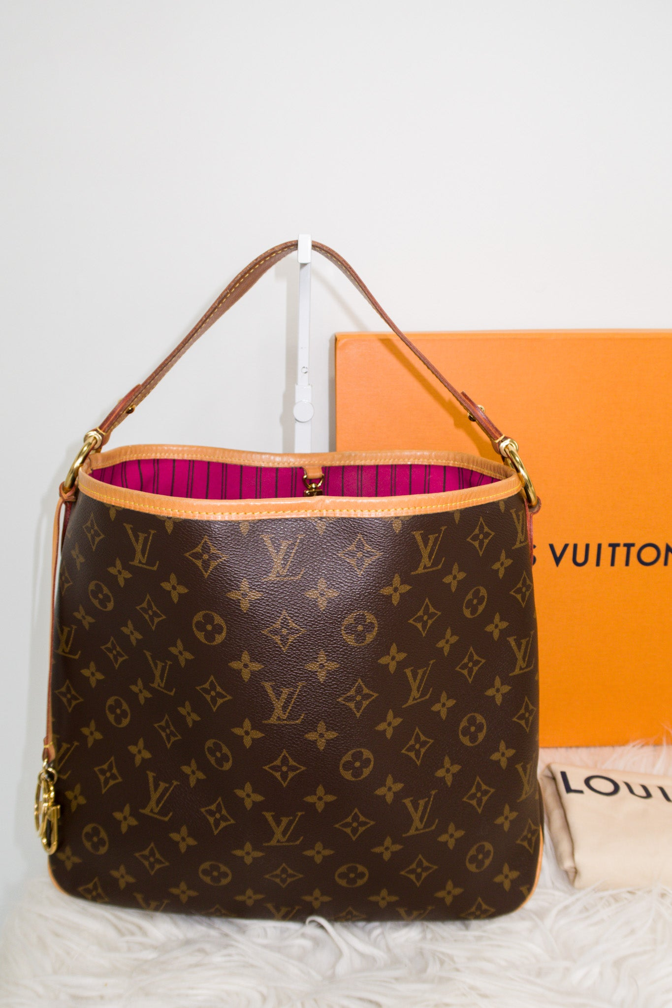 Louis Vuitton Monogram Delightful PM w/ pink interior