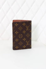 Load image into Gallery viewer, Louis Vuitton Monogram Passport Wallet
