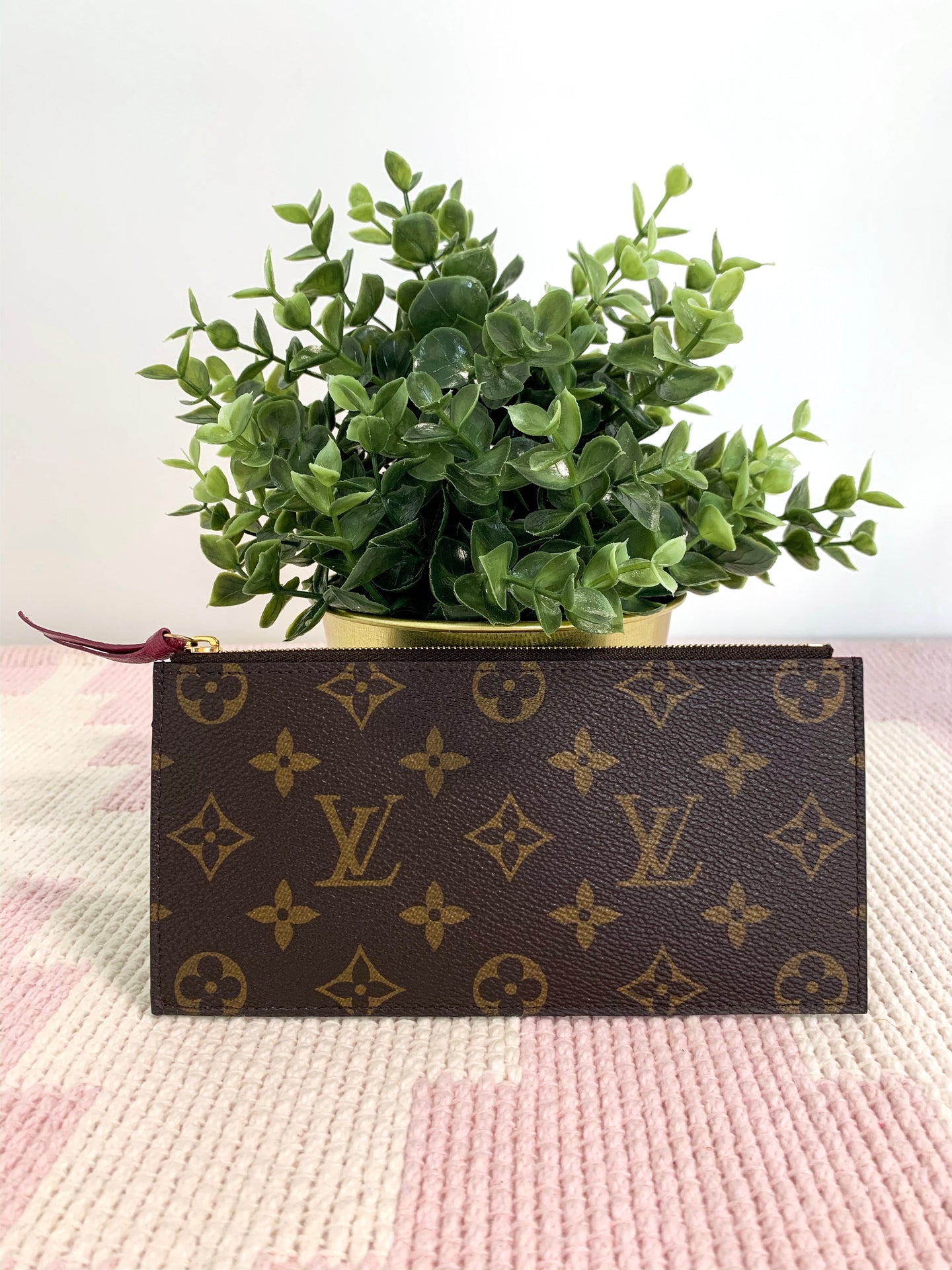 Louis Vuitton Monogram with Magenta Felicie Insert
