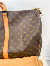 Load image into Gallery viewer, Louis Vuitton Monogram Keepall 55