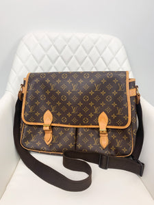 Louis Vuitton Monogram Gibeciere GM Briefcase