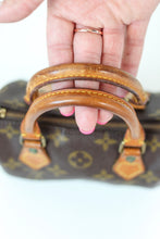 Load image into Gallery viewer, LOUIS VUITTON MONOGRAM Mini Speedy