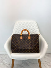 Load image into Gallery viewer, Louis Vuitton Monogram Speedy 40