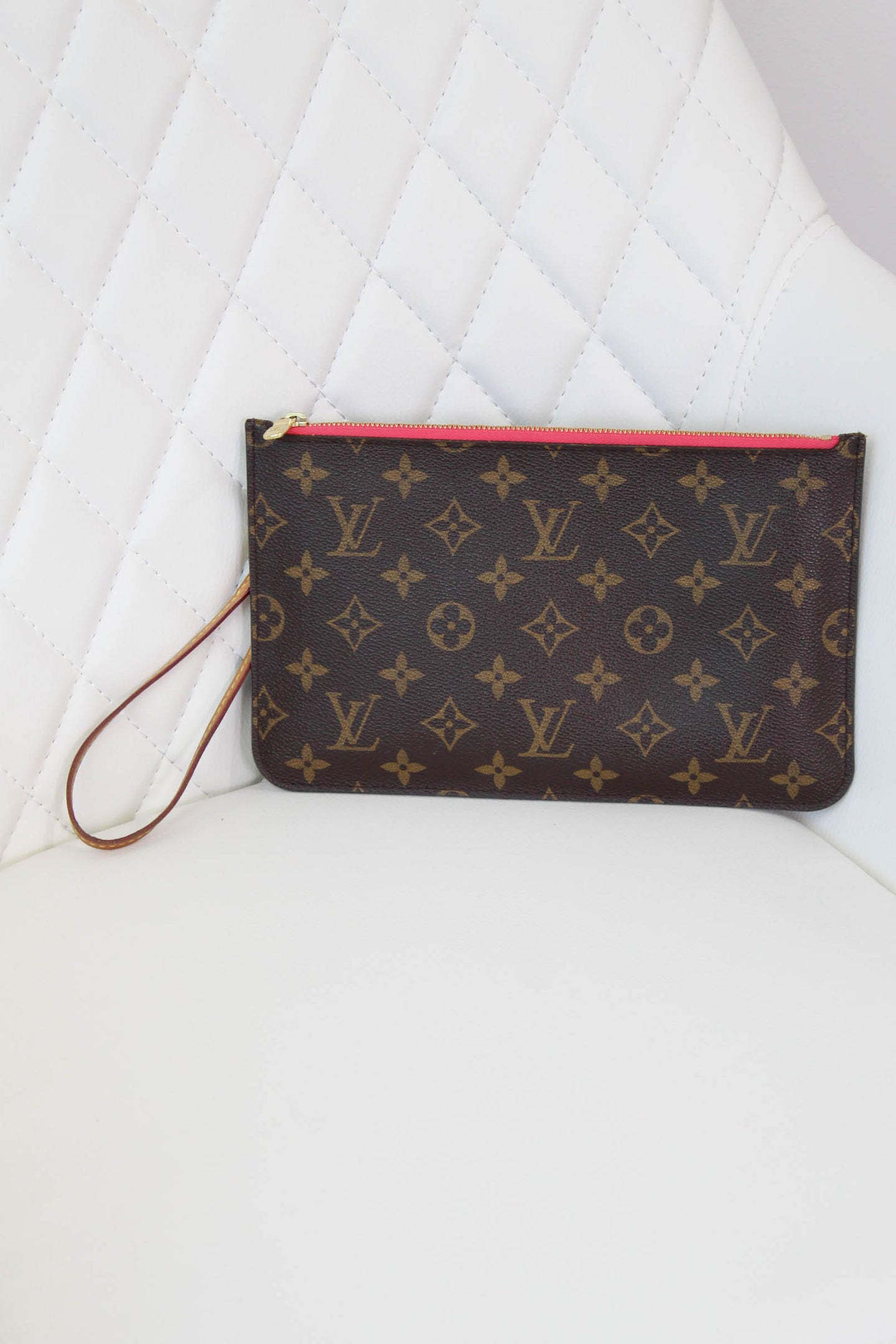 Neverfull GM Monogram Pouch