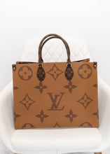 Load image into Gallery viewer, Louis Vuitton Giant Reverse Monogram OnTheGo