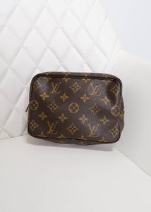 Louis Vuitton Monogram Toiletry 18