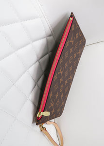 Louis Vuitton Monogram Neverfull Pochette w/ Pink Interior