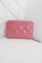 Load image into Gallery viewer, Chanel Compact Zippy Wallet Pink Lambskin