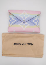 Load image into Gallery viewer, Louis Vuitton Escale Monogram Large Kirigami